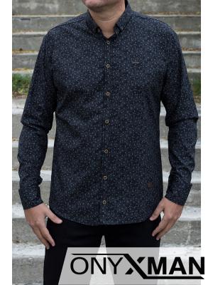 Риза в черно с флорален десен прав модел