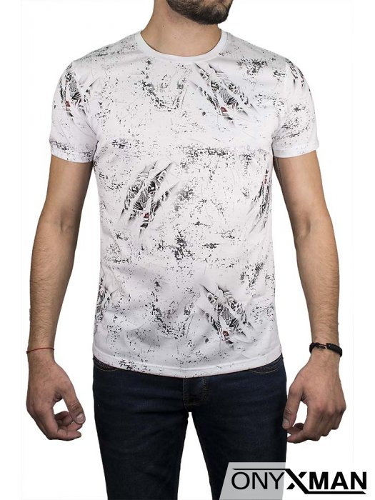 Тениска в бяло с тигров образ