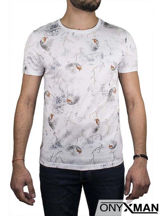 Бяла тениска с образ на орел