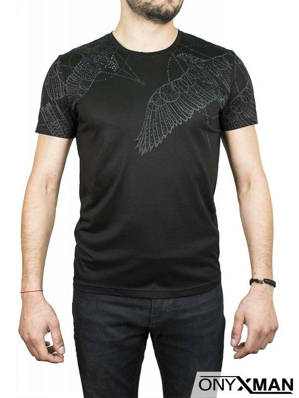 Бяла тениска с орел и камъни