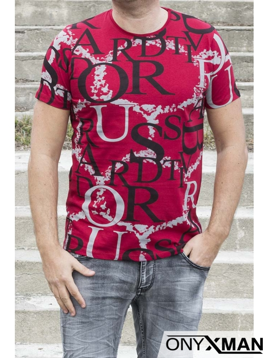 Мъжка тениска в червено с букви