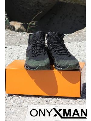 Спортни обувки в черно и зелено
