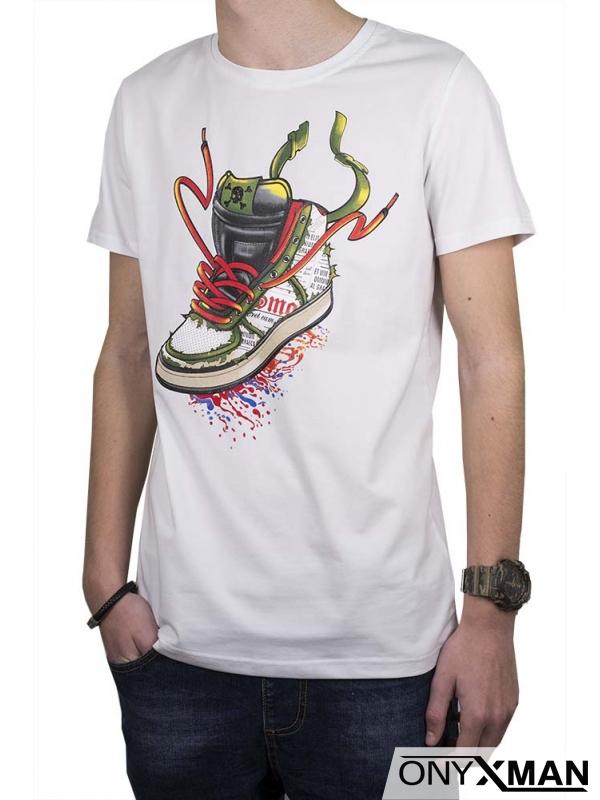 Бяла тениска с принт маратонка
