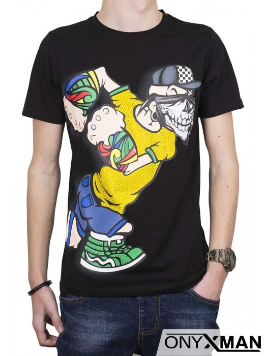 Тениска в черен цвят с весел принт