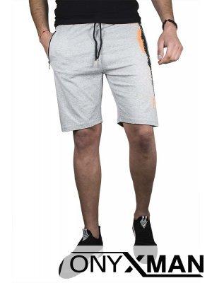 Къси спортни панталони в сиво с оранжев акцент