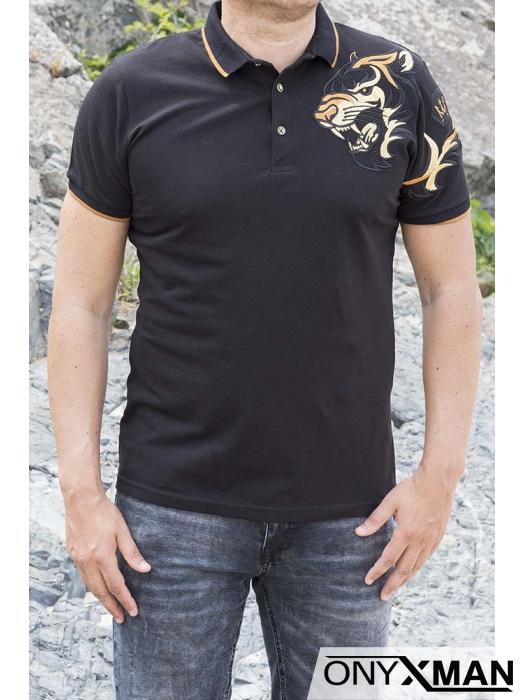 Тениска в черно с яка и тигър