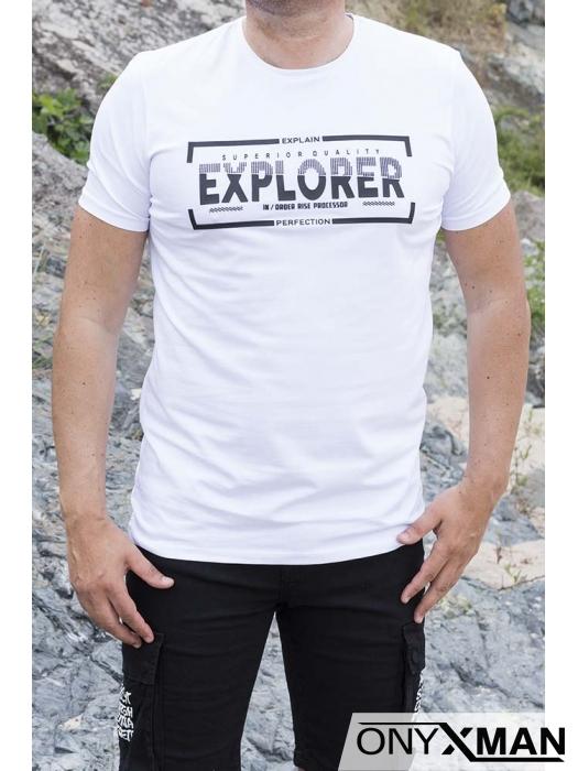 Тениска в бяло с гумиран надпис 152612
