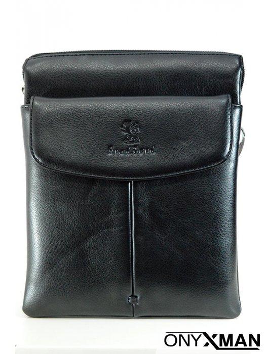 Мъжка чанта от изкуствена кожа в черно