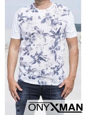 Свежа лятна тениска с цветя