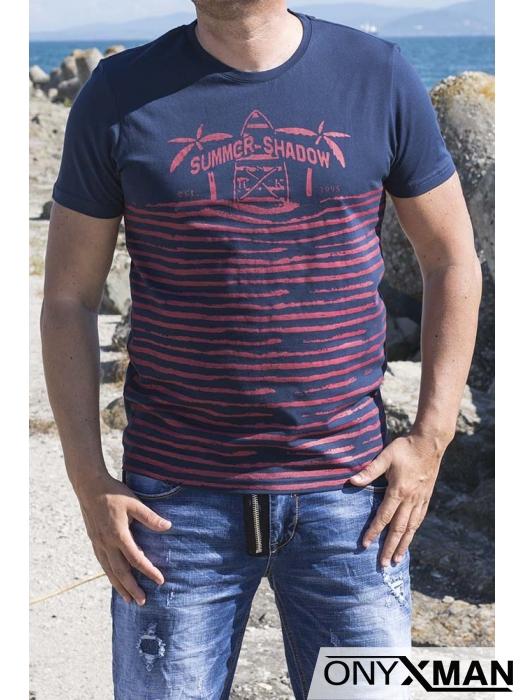 Тениска в тъмно синьо с палми и сърфове