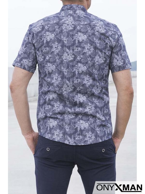 Тъмно синя риза с къс ръкав с десен на цветя