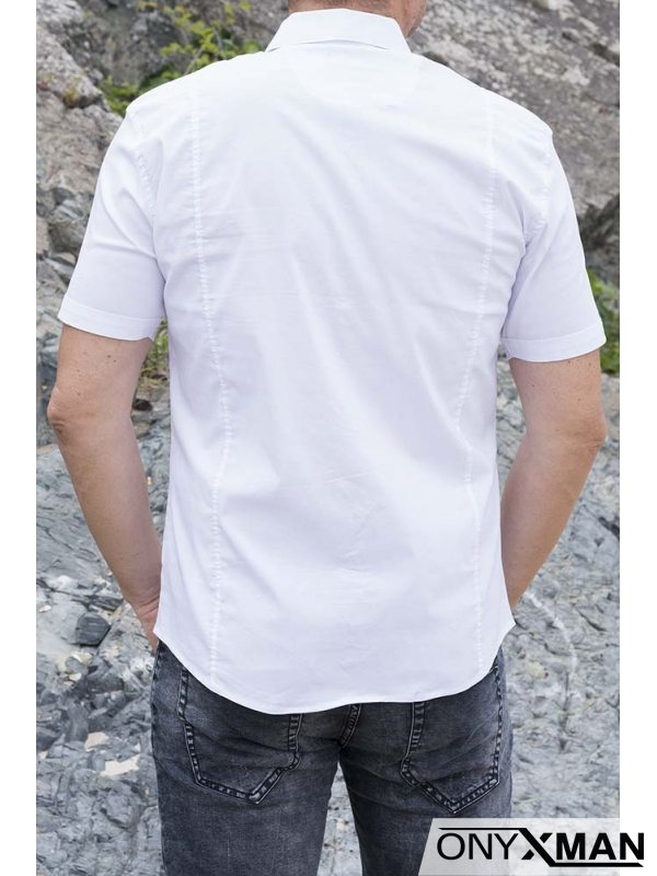 Мъжка риза с къс ръкав в бял цвят