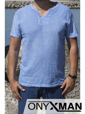 Памучна тениска в светло синьо