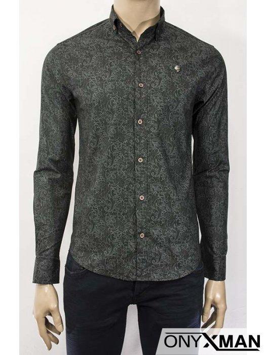 Стилна мъжка риза с флорални мотиви