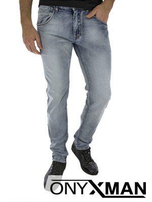 Мъжки дънки от светло син деним със сив оттенък