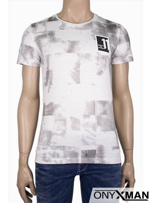Мъжка вталена тениска 11